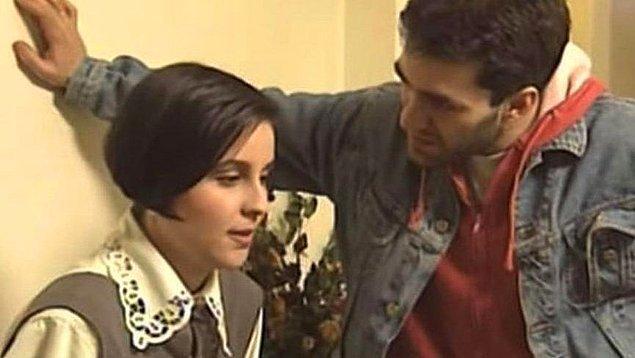 Biz onu Ferhunde Hanımlar dizisindeki Nevzat rolü ile tanıdık ve yıllar boyu çok yakın arkadaşımız oldu...