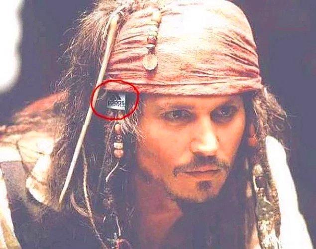 5. Pirates of the Caribbean (Karayip Korsanları)
