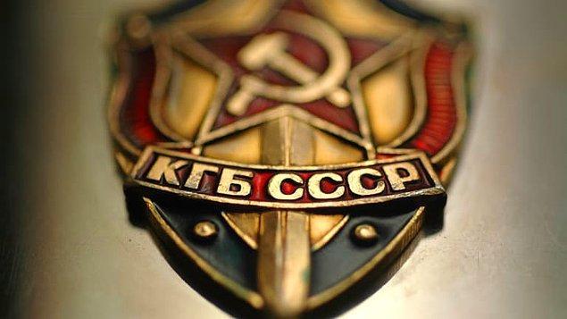 5. SSCB'den kaçırılmış bir tutsağın ölü bulunmasının ardından KGB ajanları insanları tutsak eden kişinin yeğenini hadım etmiş ve kestikleri organları ve bilinen diğer aile üyelerinin listesini insanları tutsak eden kişiye göndermiştir.