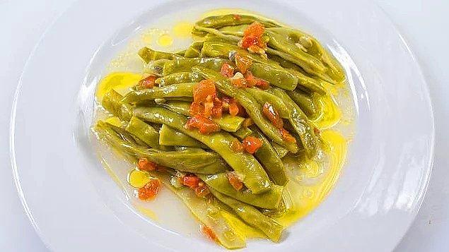 2. Hafif bir sebze yemeğiyle devam edelim.
