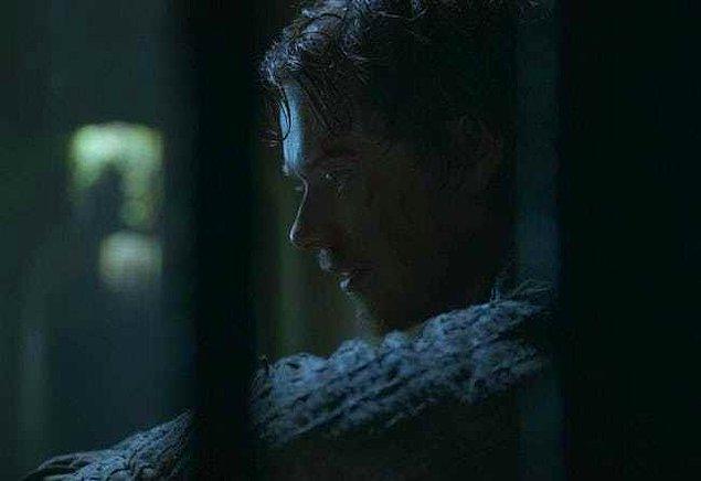 """1. """"Benim gerçek babam başını Kralın Şehri'nde kaybetti."""""""