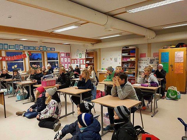 2069'da özel okulların devri kapanıyor, topluca devlet okullarına dönüyoruz.