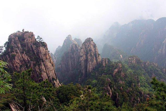 4. Huangshan Dağı hangi ülkededir?