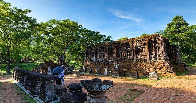 8. Mỹ Sơn Tapınakları hangi ülkededir?