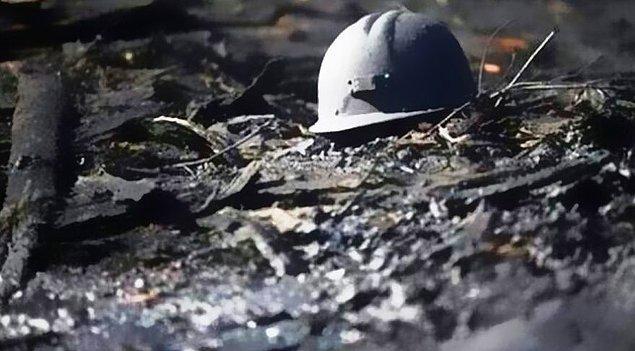 2014 - Soma Kömür İşletmeleri A.Ş. tarafından işletilen bir madende çıkan yangın sonucunda, 301 maden işçisi hayatını kaybetti, 80 işçi yaralandı.