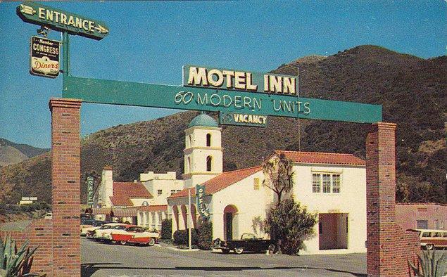 8. Dünyanın ilk moteli San Luis Obispo'da 1925'te açıldı. İlk açıldığında bu motelde iki odalı, mutfaklı ve özel garajlı bir bungalowun ücreti 1 dolar 25 centti.