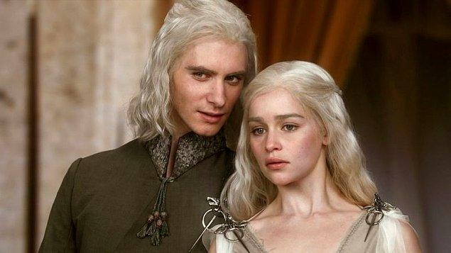 Daenerys Targaryen'in hikayesini yeniden hatırlamak üzere gelin 1. sezona geri dönelim.