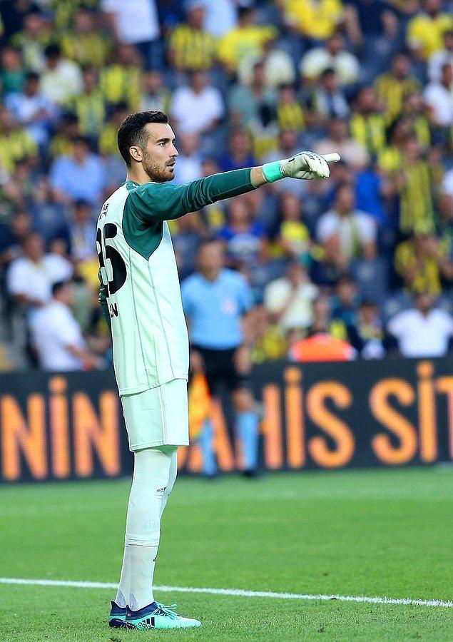 Fenerbahçe, Süper Lig'in ikinci yarısında ilk kez bir deplasman maçında gol yemedi.