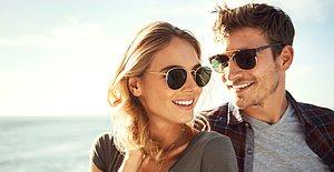 Gözlüksüz Kimse Kalmasın! Bu Yaz Gözleri Kamaştıran Güneş Değil Güneş Gözlüklerinizle Siz Olacaksınız!
