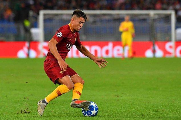 Ancak Roma kulübünün, 2022'ye kadar sözleşmesi bulunan 21 yaşındaki yıldız oyuncuyu teklif edilen rakamı reddetti.