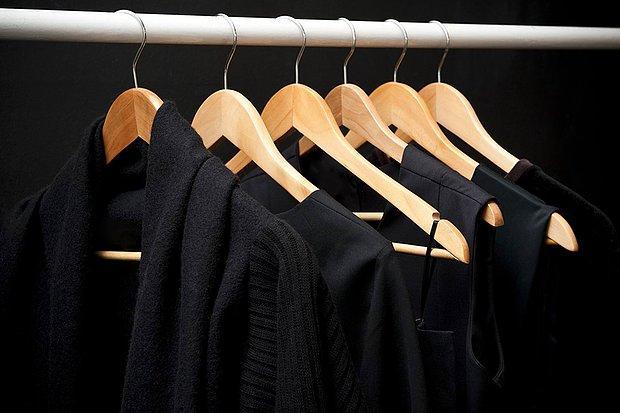 Siyah ve koyu renkler