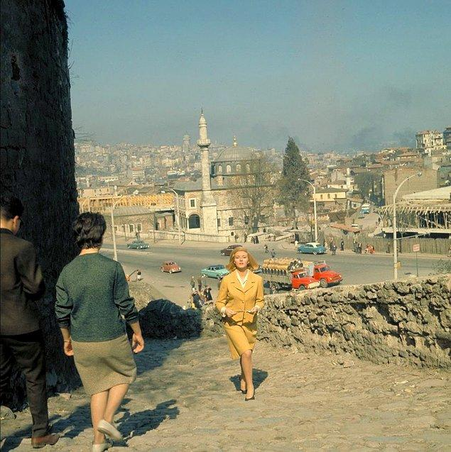 11. İstanbul, 1963.