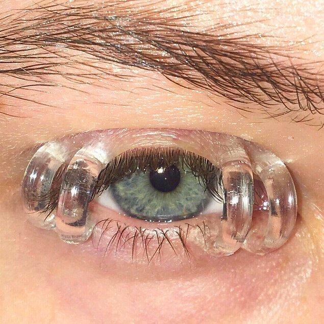 8. 10 saniye bakınca gözleriniz sulanmaya başlıyor.