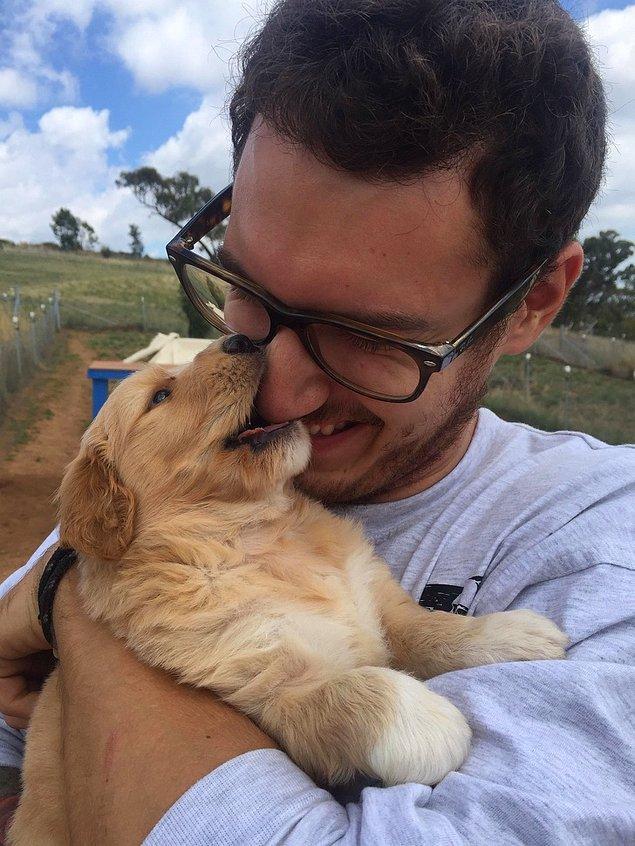 """""""Dün yavru köpeğimle tanıştım."""""""