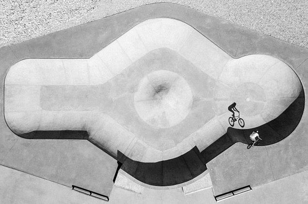 Bu siyah beyaz fotoğraf ise Baptiste Fauchille imzalı.