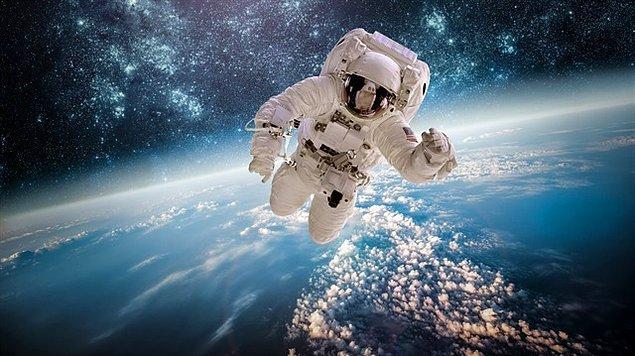 NASA Uluslararası Uzay İstasyonu'nu (UUİ) turistlere ve şirketlere açmayı planlıyor.