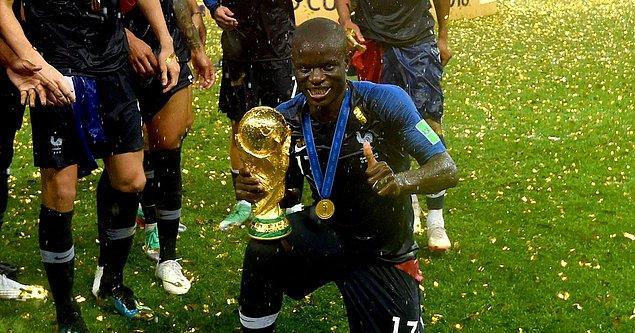 40 - N'Golo Kanté / Chelsea - 83.7 milyon €