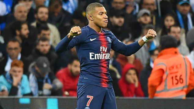 1 - Kylian Mbappe / Paris Saint-Germain -  252 milyon €