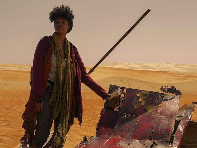14. Ve son olarak, 3%'ün üçüncü sezonu bu hafta Netflix'te yayına başladı. Sezon, Joana'nın, Michele'in çöl sığınağına yaptığı geziden devam etti.