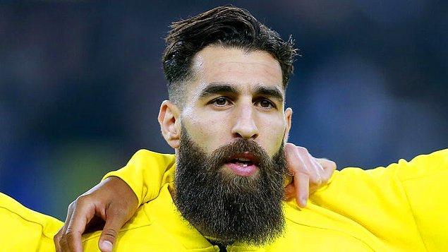 Sarı-kırmızılılar, Fransız ekibi Toulouse ile sözleşmesi sona eren 30 yaşındaki futbolcuyla her konuda anlaşma sağladı. Bonservisi elinde olan kanat oyuncusunun istediği 1 milyon euro imza parası konusunda kendi önerdiği bedeli kabul ettiren Aslan, yıllık ücrette de el sıkıştı..