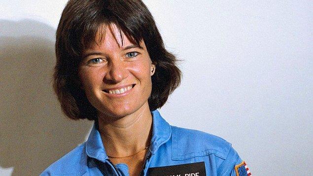 Sally Ride, 18 Haziran 1983'te Challenger uzay mekiği ile uzaya çıkan ilk Amerikalı kadın olmuş, adını hem bilim hem de insanlık tarihine altın harflerle kazımıştı.