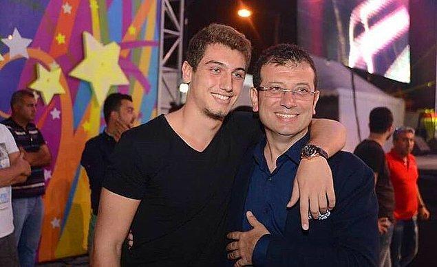 Yeşilköy Anadolu Lisesi'nden dereceyle mezun olan Selim'in haberi olmasa bile sosyal medyada büyük bir fan kitlesi var. Ve evet, tahmin ettiğiniz üzere çoğu kadın :)