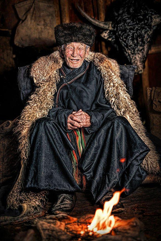 Soyot halkından bir adam;  Oka Nehri/ Buryatya