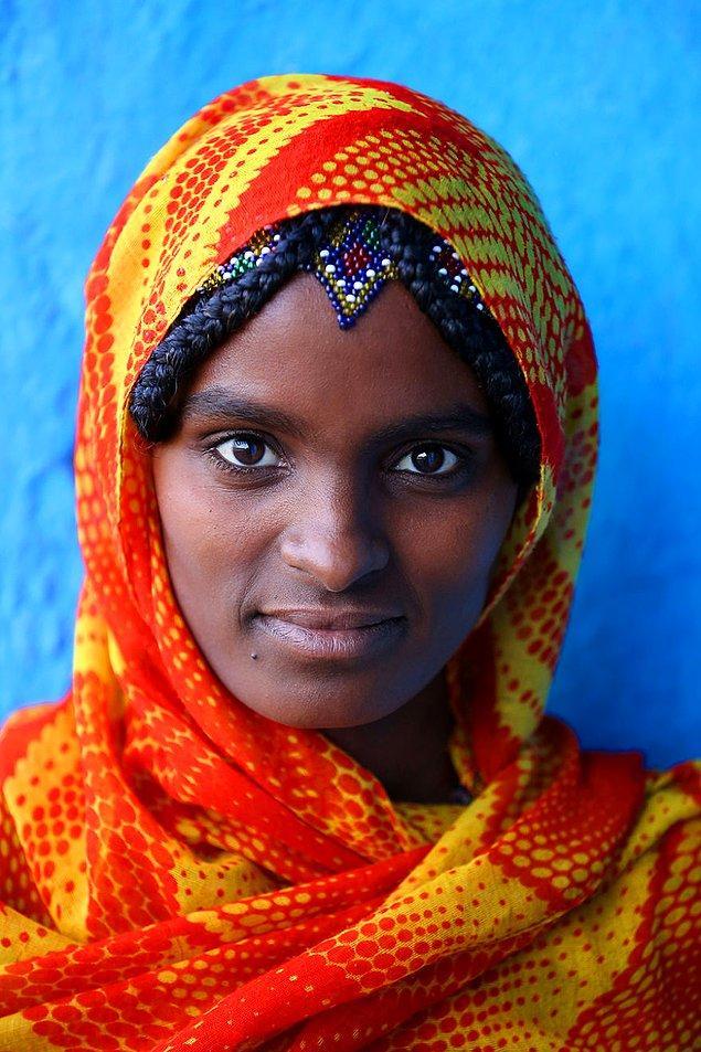 Afar halkından bir kadın; Danakil Depresyonu/ Eritre ile Etiyopya sınırı
