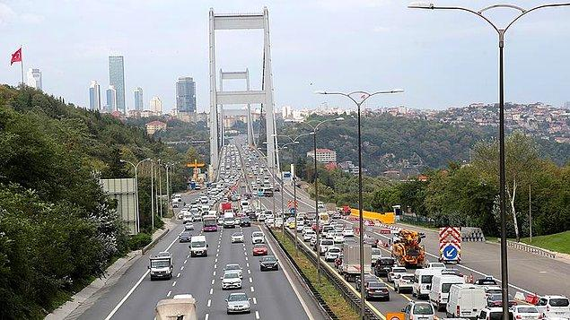 Çalışmalar sırasında FSM Köprüsü'nün Avrupa-Asya istikametindeki (Güney platform) 4 şerit ulaşıma kapatılarak, trafik akışı kuzey platformdan 2'şer şeritten gidiş-geliş olarak sağlanacak.