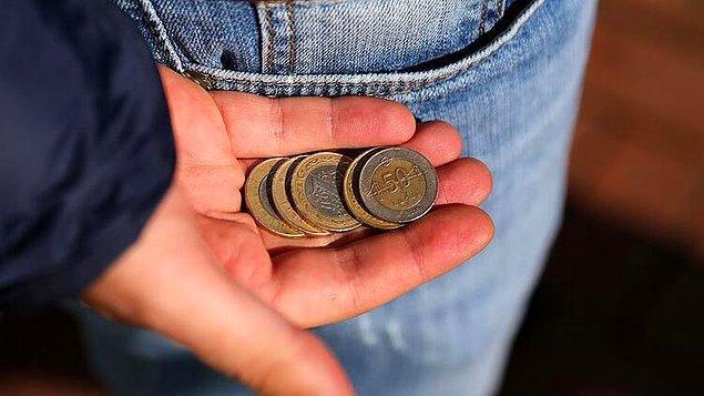 Eğer fazlaca bozuk para görürseniz bu iyiye yorumlanmaz.