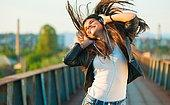 Kızlar Buraya: Bu Test Tarzını En İyi Yansıtan Müzik Türünü Söylüyor!