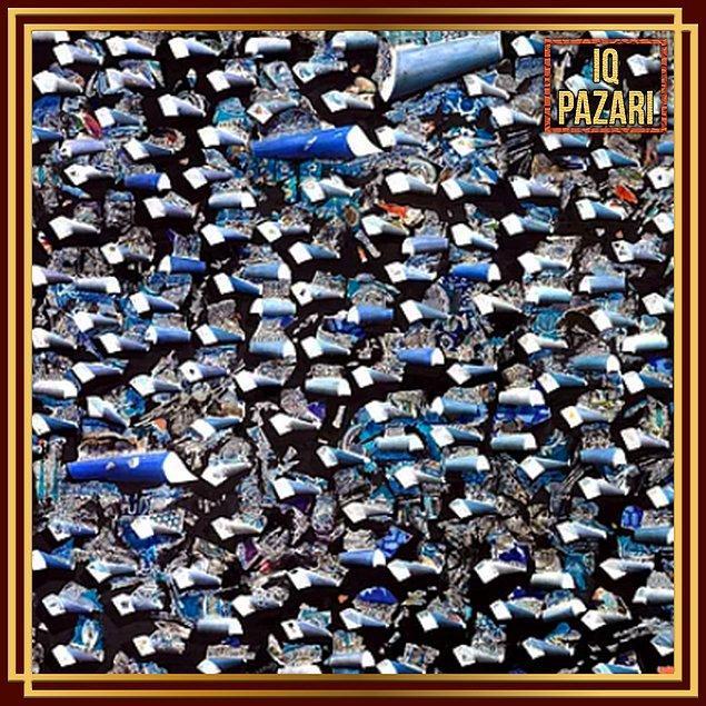10. Burhan Doğançay'ın Mavi Senfoni eseri 2.2 milyon değerlemeyle satılmıştı.