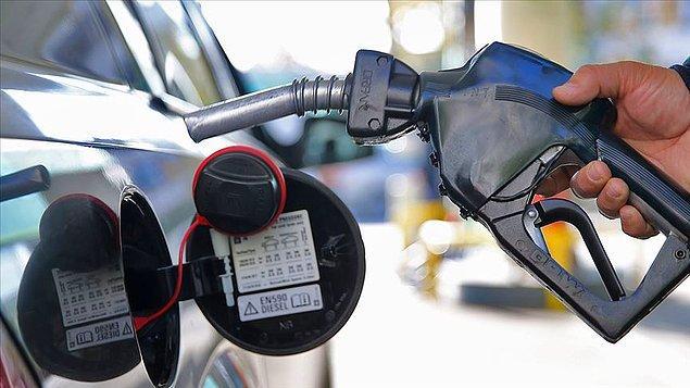 Dün de motorinin litre fiyatına 23 kuruş zam yapılmıştı.