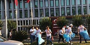 İstanbul Gönüllüleri İBB Binasını İmamoğlu'na Hazırlıyor: Onlarca Vatandaş, Saraçhane Önünde Çöp Topladı