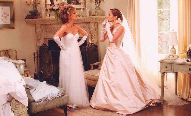 """2. """"Kayınvalidem düğünüme gelinlik giyip gelmişti. Bunun üstüne çıkabilen varsa çıksın."""""""