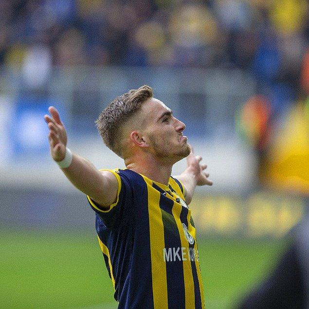 25. Tyler Boyd / Vitória Guimarães SC ➡️ Beşiktaş