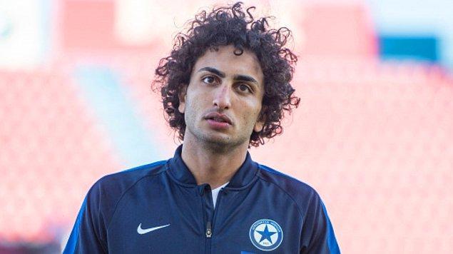 Warda, geçtiğimiz cuma oynanan ve Mısır'ın 1-0'lık galibiyetle döndüğü açılış maçını yedek kulübesinden izledi.