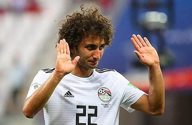 Mısırlı futbolcu Amr Warda, kadınlara yazdığı cinsel içerikli mesajlardan dolayı suçlamalarından sonra 2019 Afrika Uluslar Kupasında forma giydiği milli takım kadrosundan çıkarıldı.