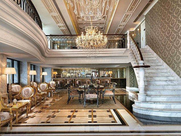4. İstanbul'un 16. yüzyıldan bu yana olan tüm tarihi dönemlerinin özelliklerini taşıyan mimarisiyle göz kamaştıran Rixos Pera,