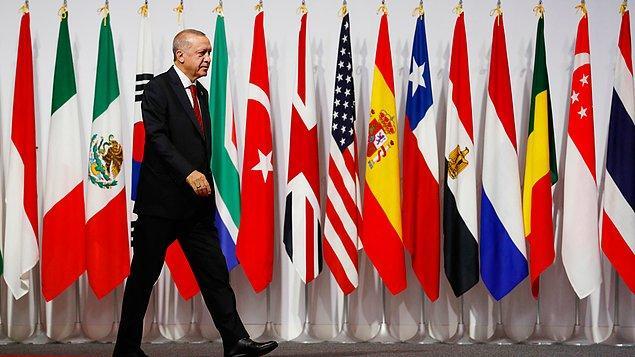 Cumhurbaşkanı Erdoğan, G20 Liderler Zirvesi'nde temaslarına başladı.