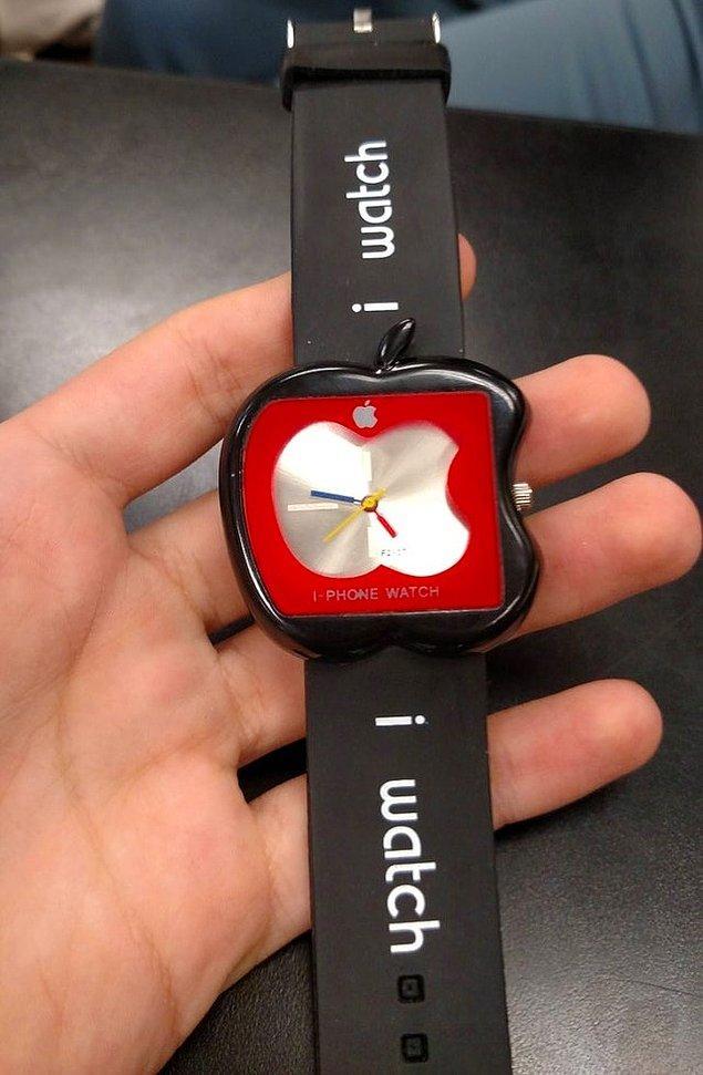 """17. """"Bir arkadaşım eBay'den 600 dolara bir Apple Watch satın aldı. İşte bu geldi."""""""