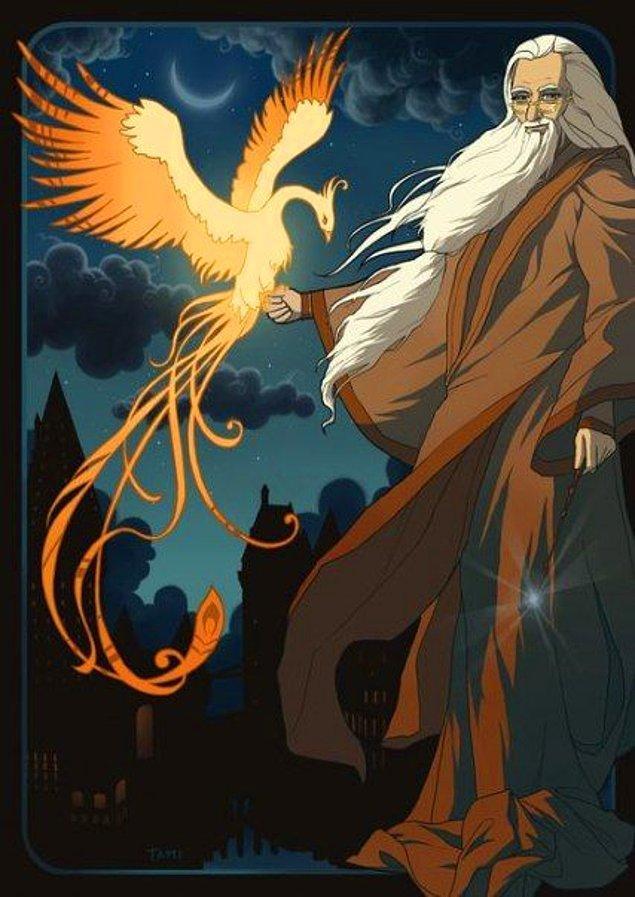 """2. Serinin """"Sırlar Odası"""" bölümünde karşımıza mitolojik yaratık Anka Kuşu (Phoenix-Simurg) çıkmaktadır. Kuşun rengi ve biçimi Heredot'un tarifine uygundur. Serinin bir başka filmine de adını vermiştir:  """"Zümrüdü Anka Yoldaşlığı"""""""