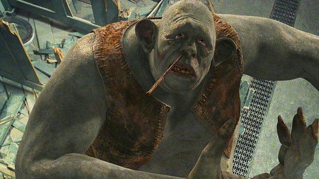 7. Felsefe Taşı'nda bir başka mitolojik karakter olan Troll'ü de görüyoruz. Troller, kuzey mitolojilerinde cadıların muadilleri diyebileceğimiz varlıklardır. Çirkin, kaba ve saldırgandırlar.