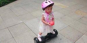 Bindiği Hoverboard ile Fenomen Haline Gelen 19 Aylık Bebek