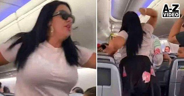ABD'de yaşanan ola başka bir yolcu tarafından kaydedilirken, olay çıkartan çift uçaktan indirildi.
