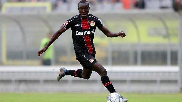 43. Moussa Diaby