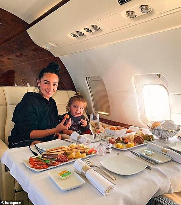 Jazz TV Show'un starı Fransa'dan Jazz Correia ve kızı Chelsea...