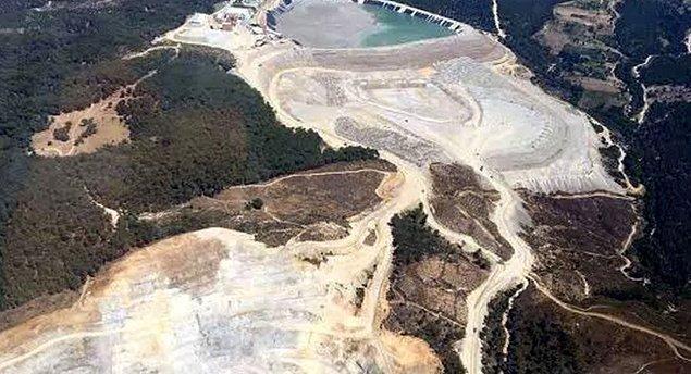 Çanakkale'nin tek içme ve kullanma suyu kaynağı olan Atikhisar Havzası'nda Kanadalı şirket Alamos Gold'un yerli taşeronu olan Doğu Biga Madencilik bir ağaç katliamına imza atmıştı.