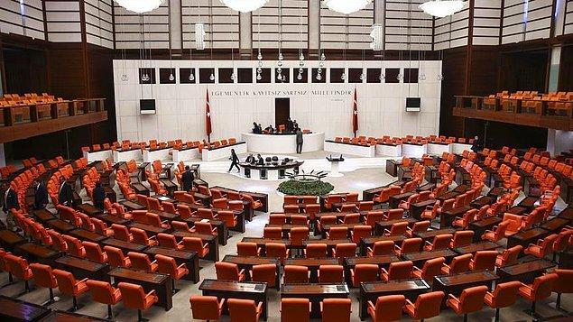 '24 Haziran seçimlerinde milletvekili aday adaylığı için başvurmama rağmen mülakata bile çağrılmadım'