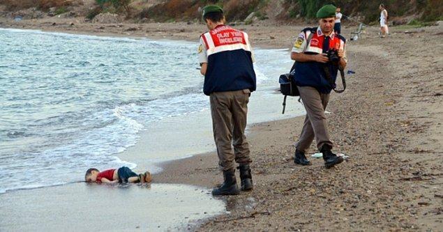 Suriye'deki iç savaştan kaçan ailenin Yunanistan'a geçmeye çalışırken bindiği botun batması sonucu cansız bedeni Bodrum'da kıyıya vuran 3 yaşındaki çocukları Aylan'ın bu görüntüleri tüm dünyada vicdanları sızlattı. Talihsiz bebeğin yaşam hikayesinin beyaz perdeye aktarıldığı 'Aylan Bebek' filminin fragmanı yayımlandı. Çekimlerine Bodrum'un farklı mekanlarında başlanan filmin yapımcılığını George Edde ve Bahattin Öztürk, yönetmenliğini Ömer Sarıkaya yapıyor.